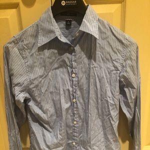 Gap women button down shirt